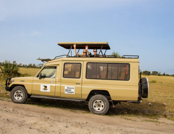 piritta-and-niina-4wd-safari-jeep-ombeni-african-safaris-tanzania